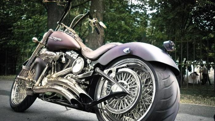 motorbike-colorized-by-vance-ai